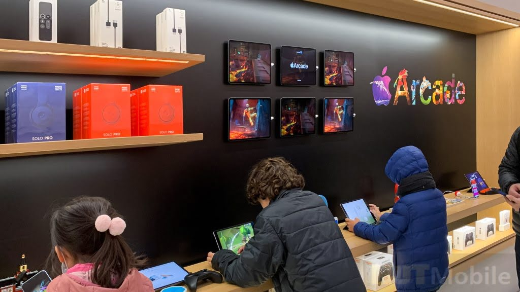 Apple Store is refreshing Here is the new design