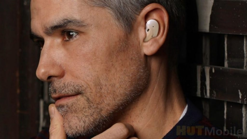 Samsung new wireless headphone design and features