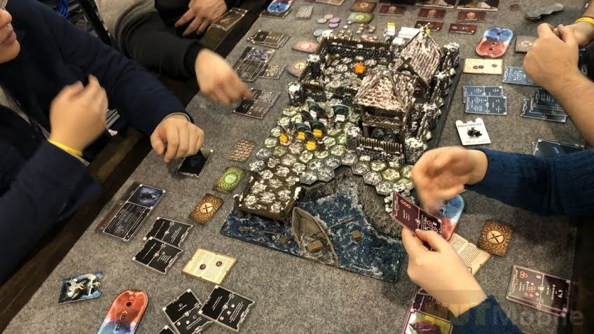 Boardgame Frosthaven raised five million dollars a day