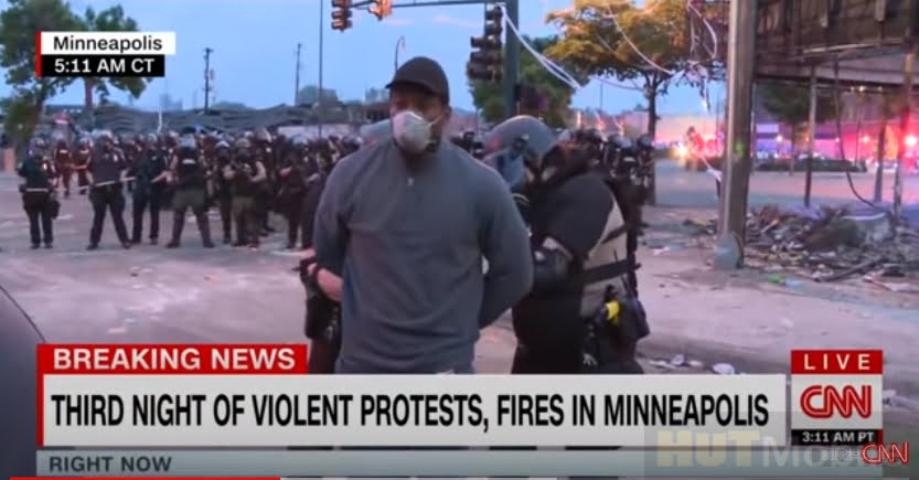 CNN African-American reporter interviewed Mingzhou riots and was released an hour after being arrested