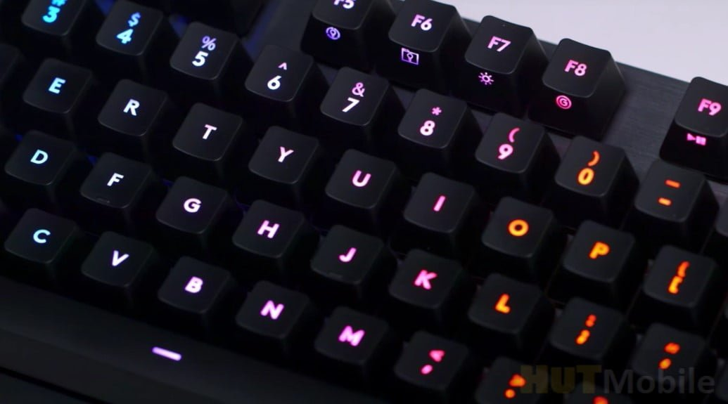 Logitech G513 Clicky features keyboard review
